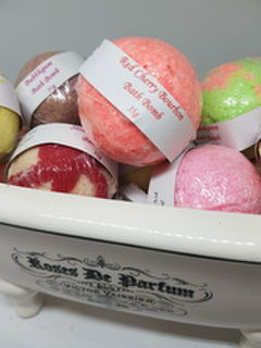 6 pack Mini Bath Bombs